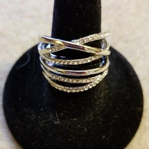 SILVER INTERTWINED STATEMENT RING W/ CLEAR JEWELS